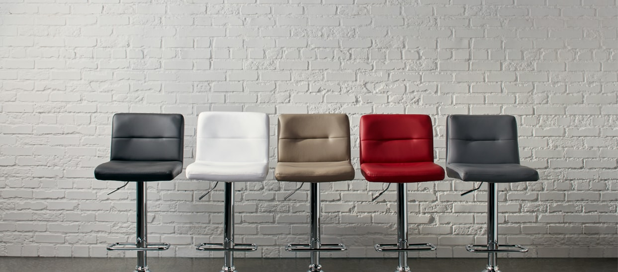 Wondrous Stand Tall Raising The Bar On Kitchen Stools The Bouclair Short Links Chair Design For Home Short Linksinfo
