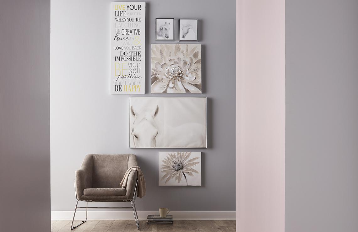 Creer Un Mur Photo les façons faciles de créer un mur style galerie | bouclair